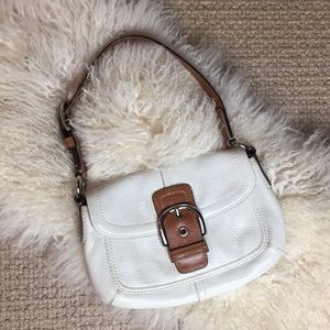 Coach Oyster White pebbled leather shoulder Bag